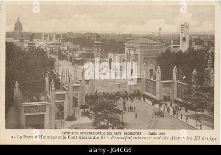 Paris-FR-75-Expo 1925 Arts décoratifs-Porte d'honneur et le Pont Alexandre III Banque D'Images