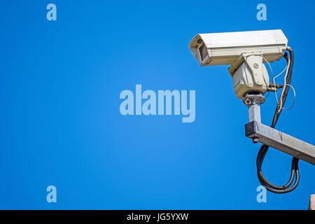 Vous ne pouvez pas être en mesure d'être de garde 24 heures par jour, mais grâce à des caméras et autres systèmes Banque D'Images