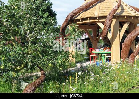 Anciens Combattants aveugles UK 'c'est tout sur le jardin communautaire', conçu Andrew Fisher Tomlin et Dan Bowyer. Banque D'Images