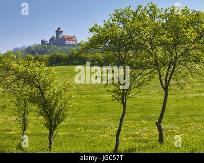 Vue de château de Wachsenburg près de Holzhausen, Drei Gleichen, Thuringe, Allemagne Banque D'Images