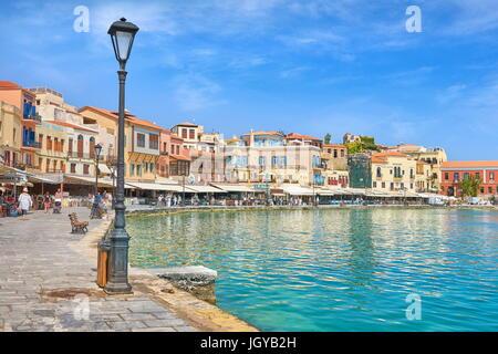 Port vénitien de Chania vieille ville, l'île de Crète, Grèce Banque D'Images
