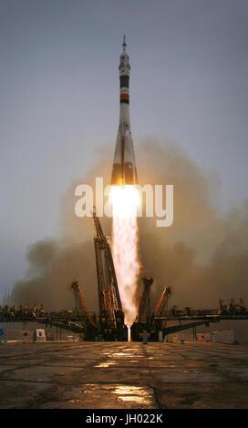 Le Soyouz TMA-14 lance depuis le cosmodrome de Baïkonour au Kazakhstan le jeudi 26 mars 2009, l'accomplissement Banque D'Images