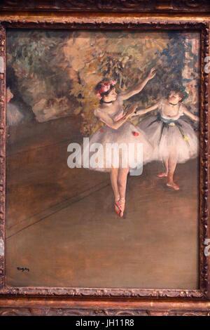 La Courtauld Gallery. Edgar Degas. Deux danseurs sur une scène. 1874. Huile sur toile. United Kingdom.