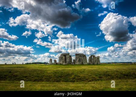 Stonehenge, Wiltshire, Royaume-Uni.Le site et ses environs ont été ajoutés à la liste de l'UNESCO des sites du patrimoine Banque D'Images