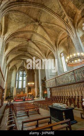 Tombeau Du Pape Clement VI A Linterieur De Labbaye La Chaise