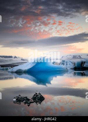 Lagune glaciaire en Islande Banque D'Images
