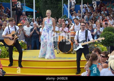 "Rust, Allemagne, 16 juillet 2017, Das Erste ARD TV Show ""immer wieder Sonntags"" comprend: Franziska Crédit: mediensegel/Alamy Live News"