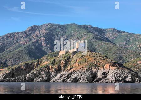 La tour de Girolata, Scandola, réserve naturelle, Porto, Corse, France Banque D'Images