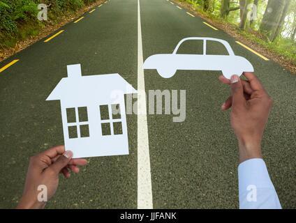 Composite de découpe numérique Maison et voiture sur route Banque D'Images