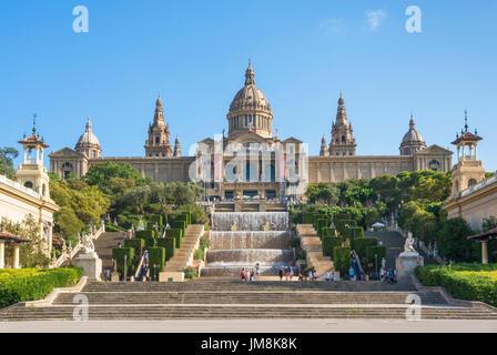 Catalunya Barcelone Espagne Barcelone ville Palau Nacional Musée National d'Art de Catalogne Placa de l'eau les Banque D'Images