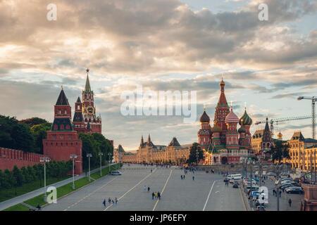 Moscou, Russie - 17 juin 2017: Belle vue du coucher de soleil du carré rouge le 17 juin 2017 à Moscou, Russie. Banque D'Images