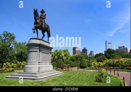 George Washington monument équestre au jardin public à Boston, États-Unis
