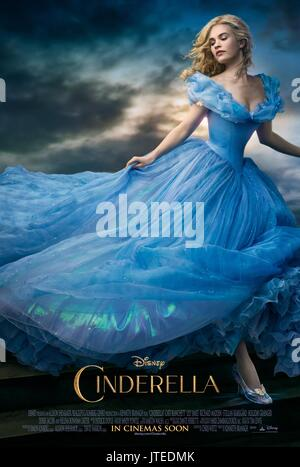LILY JAMES POSTER Cendrillon (2015) Banque D'Images