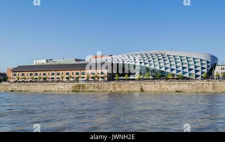 Budapest - Baleines, un Bálna commercial, culturel et de divertissement de la ville sur la rive du Danube à Budapest, Banque D'Images