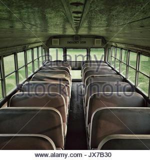 Un autobus scolaire. Banque D'Images