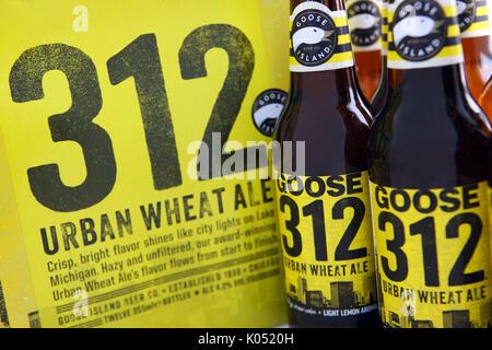 312 Blé urbain Ale par Goose Island Brewery à Chicago, Illinois Banque D'Images