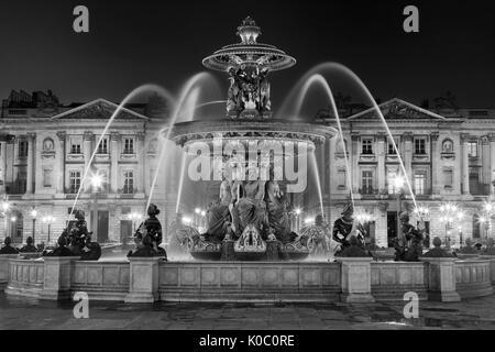 Fontaine des Fleuves, Fontaine de rivières de la Place de la Concorde, Paris France Banque D'Images