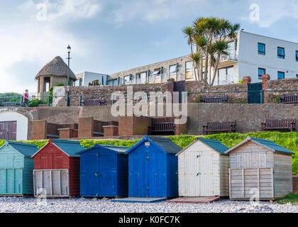 Cabines de plage sur la plage de localisation