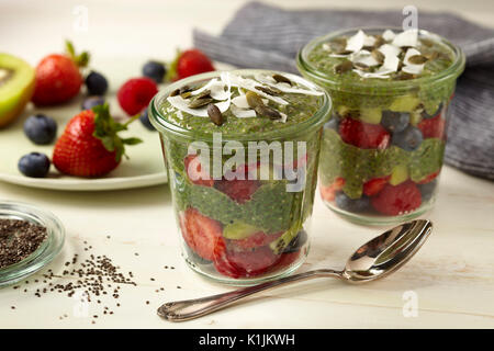 Matcha pudding chia Banque D'Images