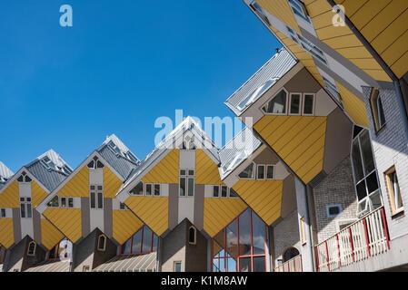 Maisons Cube, cube architecture, architecte Piet Blom, Blaak, Rotterdam, Hollande, Pays-Bas Banque D'Images