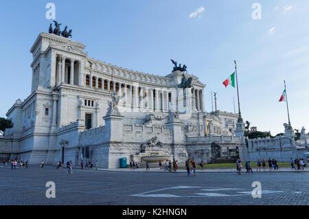 L'Altare della Patria sur la Piazza Venezia à Rome, Italie Banque D'Images