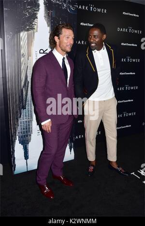 New York premiere de 'la Tour Sombre' au Musée d'Art Moderne de New York. Avec: Matthew McConaughey, Idris Elba Banque D'Images