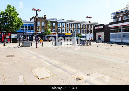 Centre commercial d'Archway avant sa régénération, au nord de Londres, UK Banque D'Images