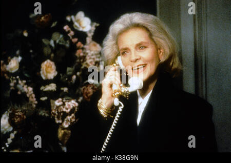 Tout CE QUE JE VEUX POUR NOËL Lauren Bacall Date: 1991 Banque D'Images
