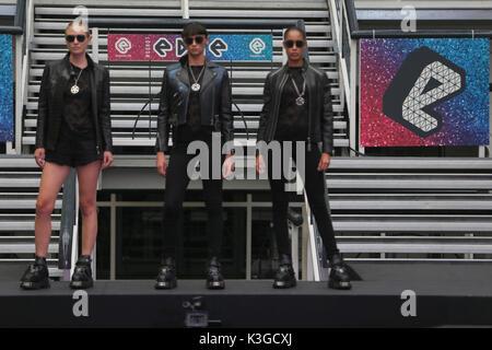 Londres, Royaume-Uni. 3 Septembre, 2017. Deuxième piste de Londres show vu designers Spin Doctor 2 ,Lindy Pop,Rock,de nouveaux Cœurs et Roses,Londres,belle et lumineuse et collective Dr Faust. Crédit: Paul/Quezada-Neiman Alamy Live News