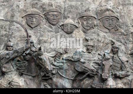 Le site de Xanadu, Mongolie intérieure, Chine - 26 juillet 2017: reliefs et la statue de Kublai Khan, petit-fils Banque D'Images