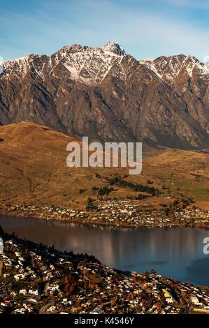 Vue magnifique sur le mont Remarkables à Queenstown, île du Sud, Nouvelle-Zélande. Banque D'Images