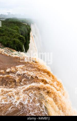Vue de dessus de la Garganta do biado à Iguazu Falls View de l'Argentine Banque D'Images