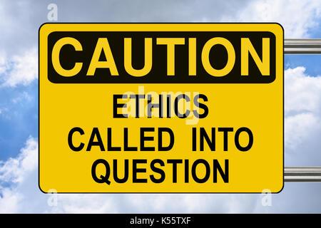 Remise en question de l'éthique, d'avertissement jaune road sign Banque D'Images
