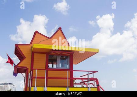 Lifeguard tower sur Miami beach Banque D'Images