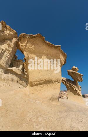 Paysage désertique de l'érosion des roches, des formations naturelles à bolnuevo, Murcia, Espagne. Banque D'Images