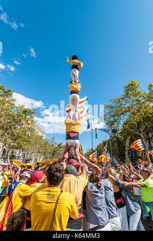 Barcelone, Espagne. Sep 11, 2017. Des milliers de pro-indépendance flags (estelades) remplir les rues de Barcelone. Banque D'Images