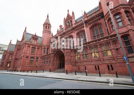 Birmingham, UK - 6 novembre 2016: l'extérieur de la cour des magistrats de Birmingham uk Banque D'Images