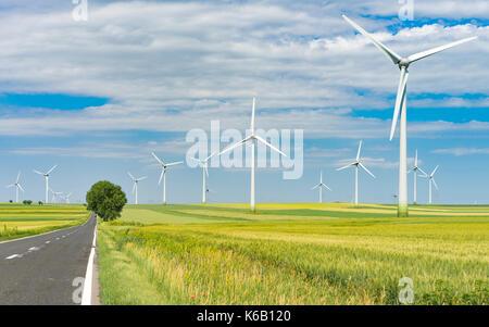 Ferme éolienne Énergie renouvelable creux de conduite Banque D'Images