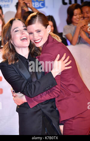 "Toronto, Ontario, Canada. 15 Sep, 2017. ELLEN PAGE ET KATE MARA assister à la section ""mes jours de miséricorde' premiere pendant le Festival International du Film de Toronto 2017 au Roy Thomson Hall. Crédit : Igor/Vidyashev ZUMA Wire/Alamy Live News Banque D'Images"