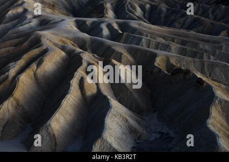 Moonlight shot à Zabriskie point dans la vallée de la mort, Californie, USA Banque D'Images