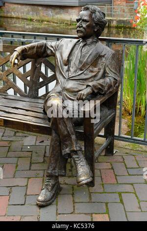 Monument à Mark Twain, 1835-1910, écrivain américain, vieille ville, Lunebourg, Basse-Saxe, Allemagne Banque D'Images