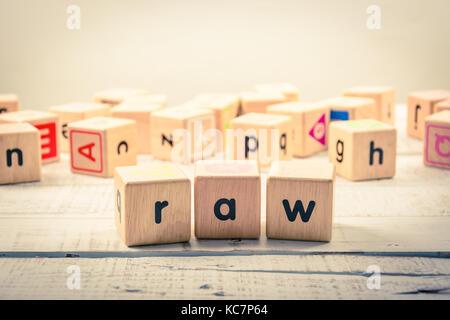 Mot d'origine ' ' cubes en bois sur le bois