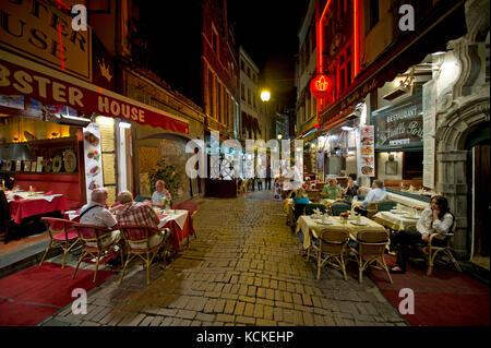 Rue des Bouchers, Bruxelles restaurant rue près de Grand Place Banque D'Images