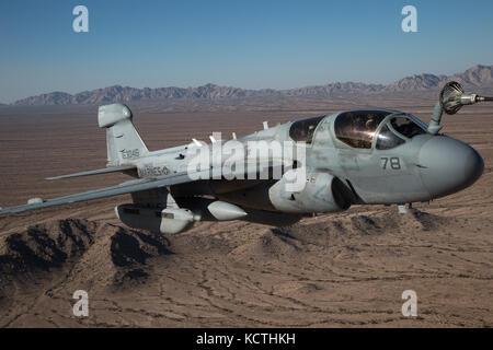 U.S. Marine Corps EA-6B Prowler affecté à l'Aviation maritime Premier escadron d'armes et tactiques (MAWTS-1)
