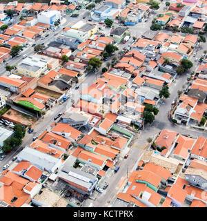 Vue aérienne de Jundiaí, ville près de São Paulo - Brésil. maisons et immeubles à Eloy Chaves quartier. Banque D'Images