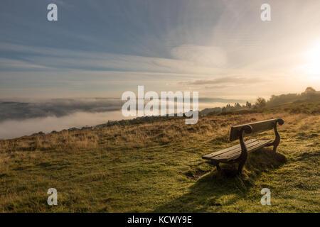 Une des plus belles vues dans le Yorkshire, à la recherche d'un banc de Wharfedale dans un beau nuage inversion, Banque D'Images