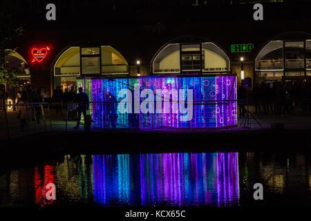 6ème oct 2017, Leeds Night Light, une célébration magique de lumière et de couleurs, cette la 13e année de lumière nuit Leeds.