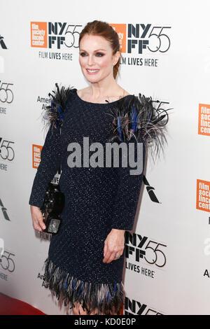 """New York-oct 07: L'actrice Julianne Moore assiste à la """"émerveillé"""" première mondiale au 55e festival du film de Banque D'Images"""