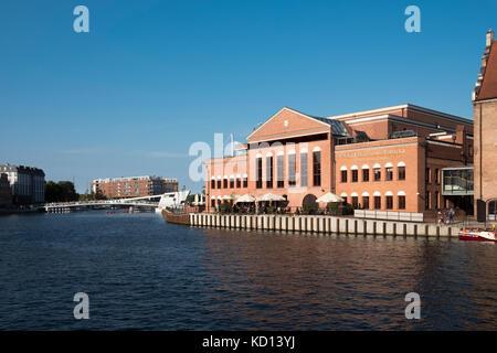 Polska Filharmonia Bałtycka, la salle de concert et le centre des congrès de l'Orchestre philharmonique de la Baltique Banque D'Images
