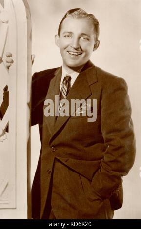 Bing Crosby, portrait sur carte postale photographique. Chanteur et acteur américain, 1903-1977. D'une importance primordiale.